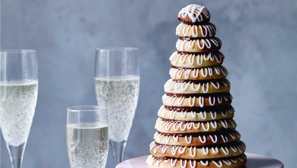 4. Makanan Unik Tahun Baru - Kransekage, Denmark dan Norwegia