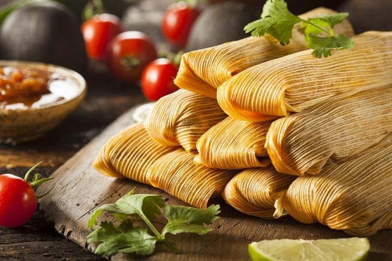 4. 7 Makanan Khas Natal - Tamales, Kosta Rika