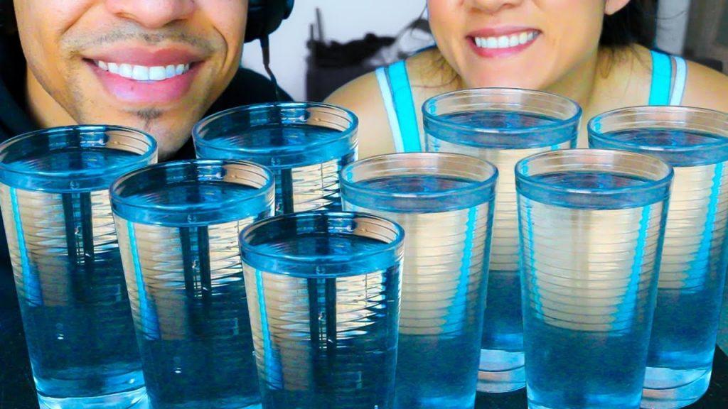 6. Seberapa Penting Minum Air Putih - 8 Gelas Bukan Takaran Ideal