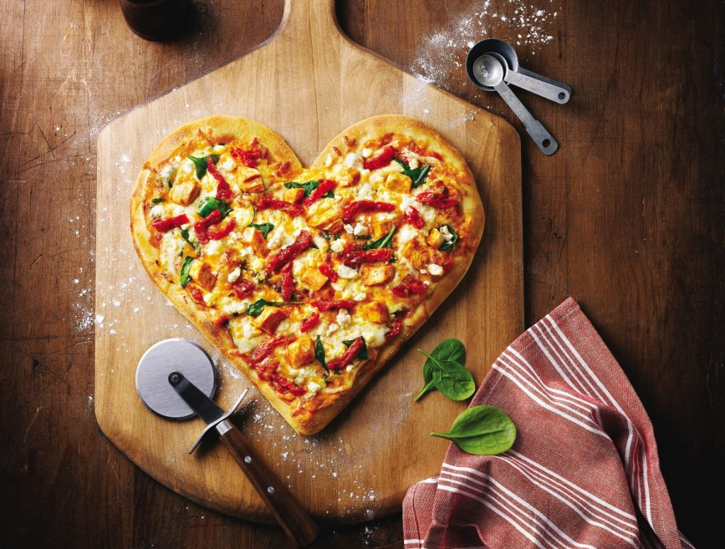 3. Alternatif Kado Valentine - Pizza Love