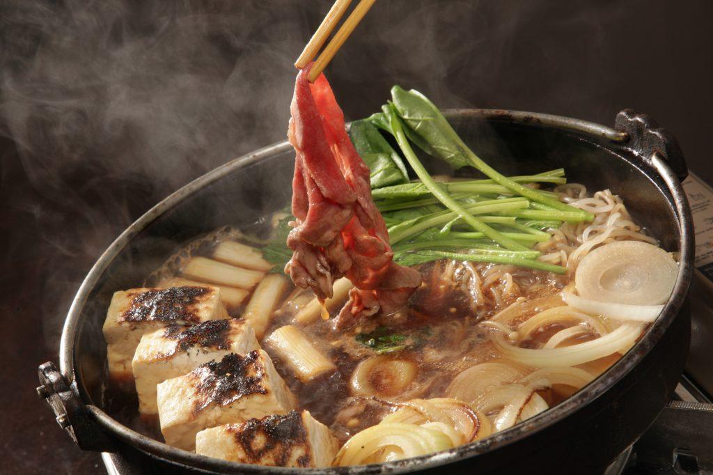 4. Perbedaan Shabu-shabu, sukiyaki, steamboat - Sukiyaki Kanto
