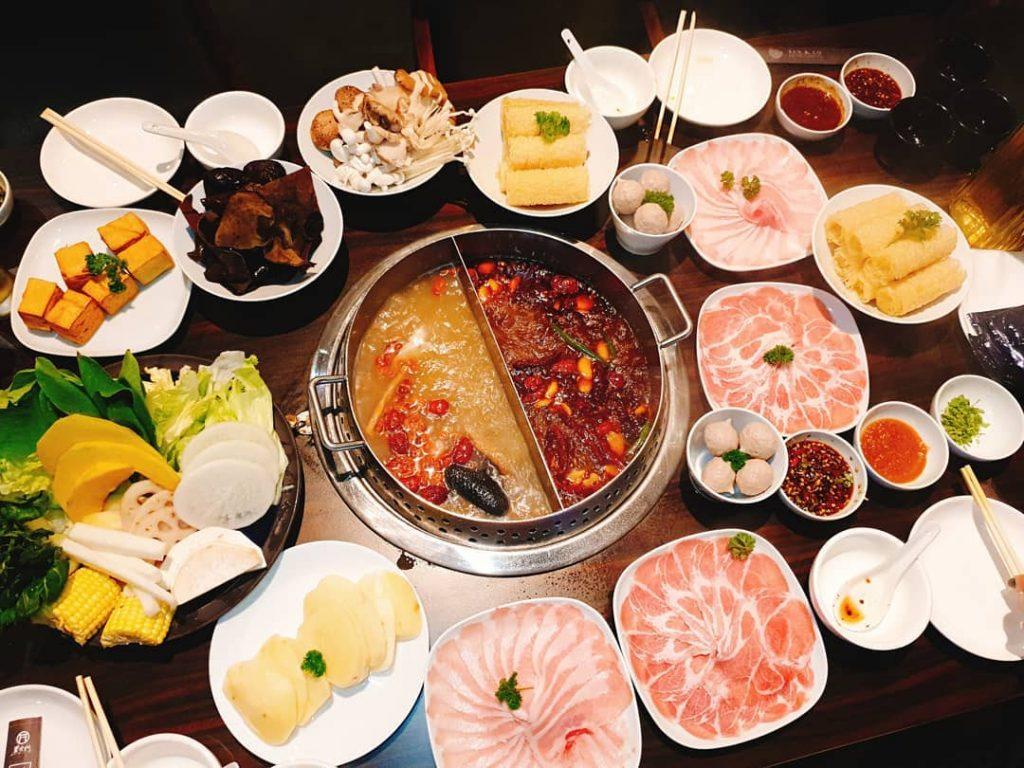 5. Perbedaan Shabu-shabu, sukiyaki, steamboat - Steamboat