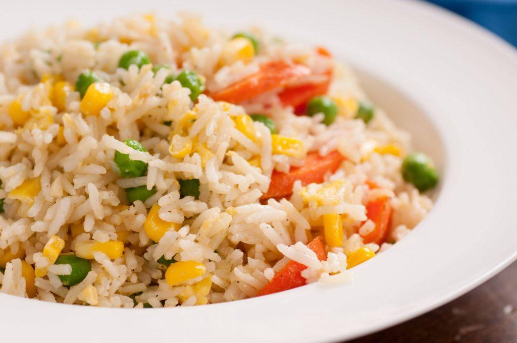 1. Nasi Goreng Putih Salah Satu Resep Sahur Sederhana