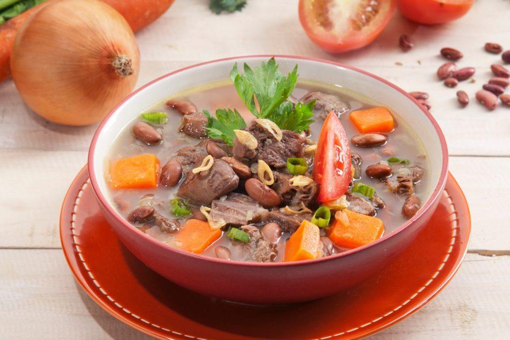 5. Sop Daging Kacang Merah