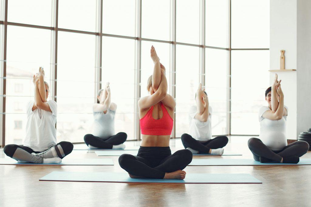 2A. Yoga - Olah Raga Aman Saat Puasa